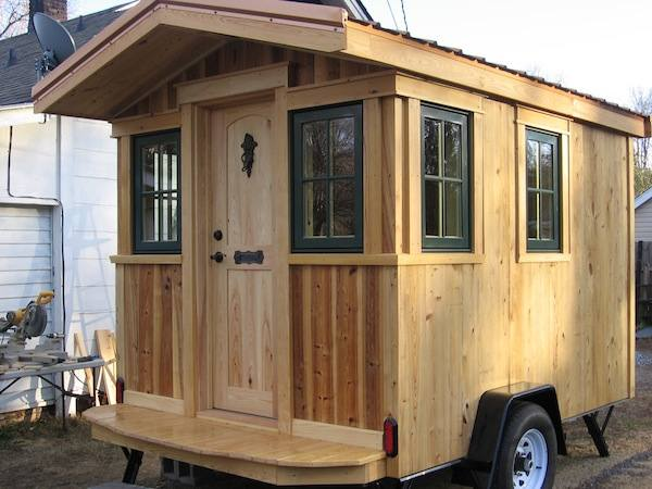 Frank 39 s diy micro cabin on wheels interview and tour for Micro homes on wheels