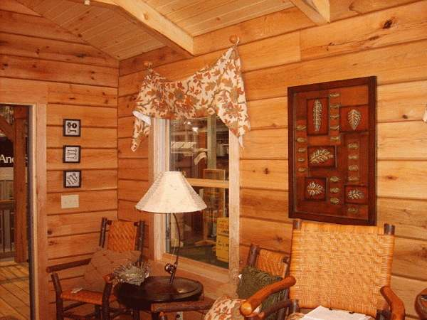 gastineau oak log cabins to go on wheels 0013   400 Sq. Ft. Oak Log Cabin on Wheels