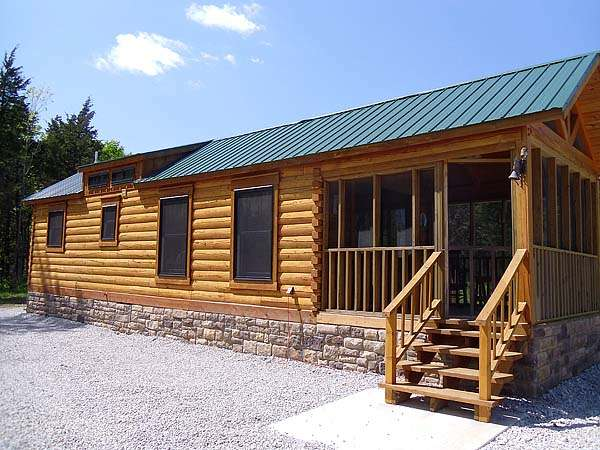 gastineau oak log cabins to go on wheels 0014   400 Sq. Ft. Oak Log Cabin on Wheels