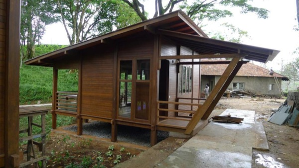 Habitat Cabin Beds : Tiny cabins on a tea plantation by habitats plus