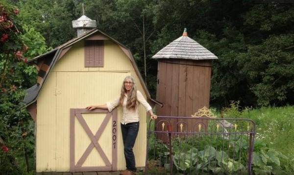 karenville-micro-house-village-0011