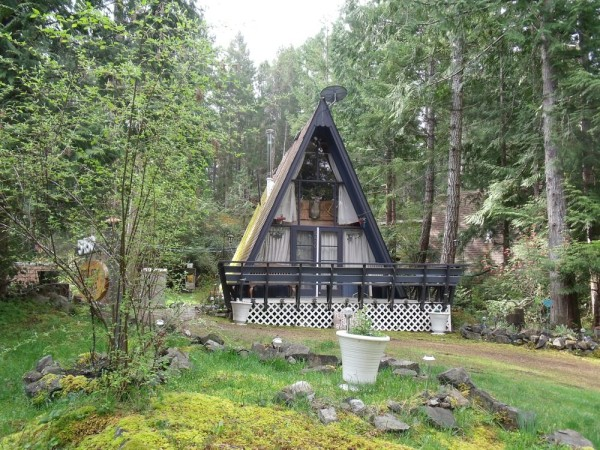 little-a-frame-cabins-on-the-sunshine-coast-00010