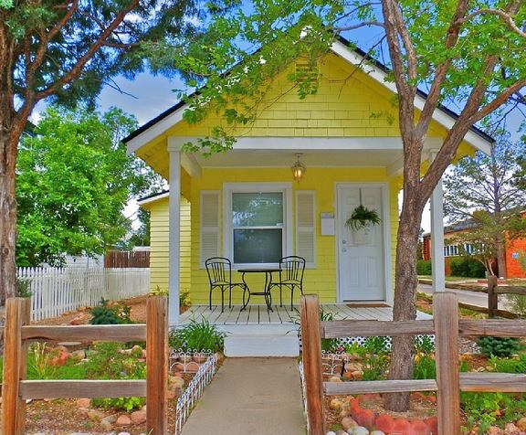 Tiny House Talk Little Yellow Cottage Vacation Rental In