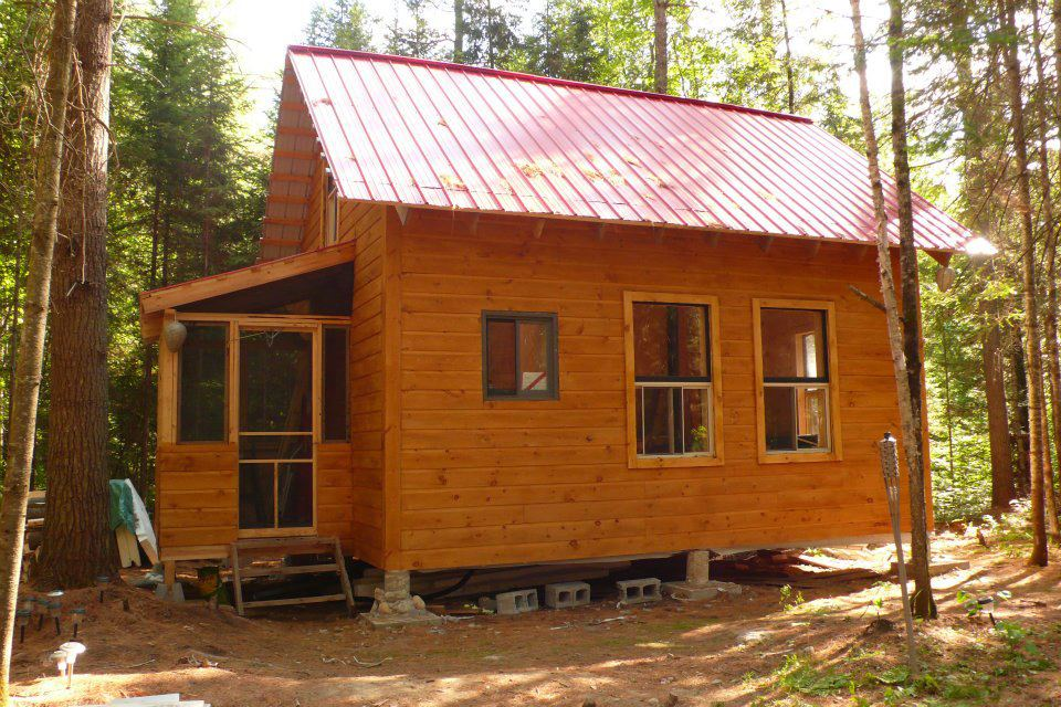 small cabin in the woods  living the simple life off the grid