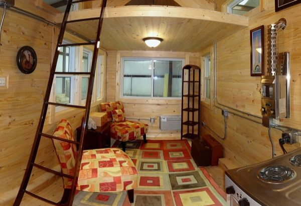 Tiny Houses on Steroids: Maximum Extreme Living Solutions