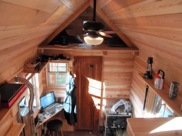 meg and joes tiny house tour storage loft and view   Meg and Joes Tiny House Tour.. Would you live here?