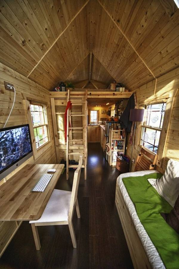 Vote for malissa 39 s tiny house on apartment therapy 39 s small for Small house interior