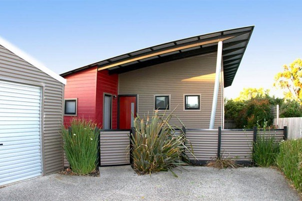 Modern small house for sale in australia for Small modern homes for sale