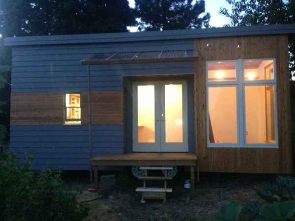 200 sq ft modern tiny house on wheels for sale in Modern tiny homes on wheels
