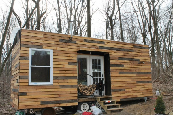 nathans-tiny-house-on-wheels-04