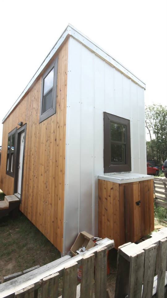 nomadic-cabins-the-texan-tiny-house-008