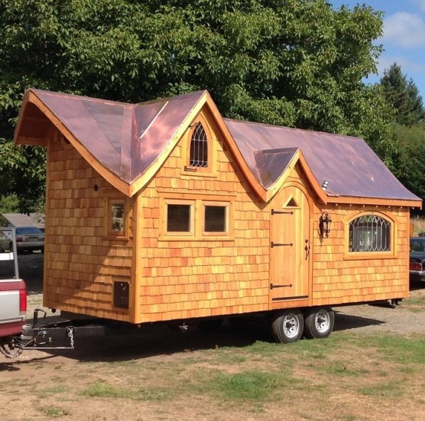 Little Houses On Wheels: Pinafore Tiny House On Wheels By Zyl Vardos