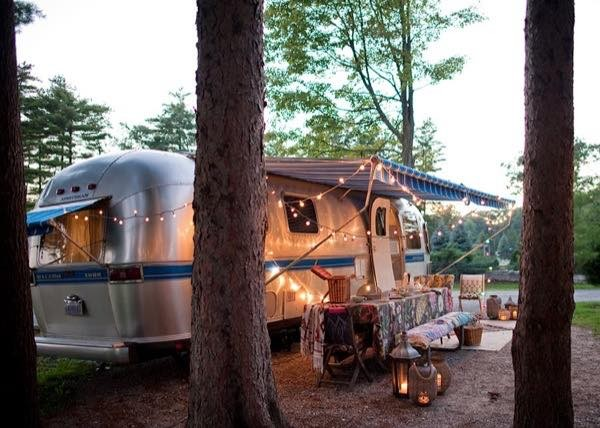 renovated-airstream-with-anthropologie-and-sarah-schneider-0014