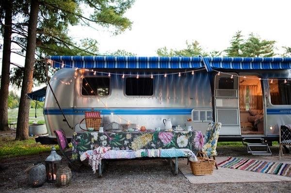 renovated-airstream-with-anthropologie-and-sarah-schneider-0016