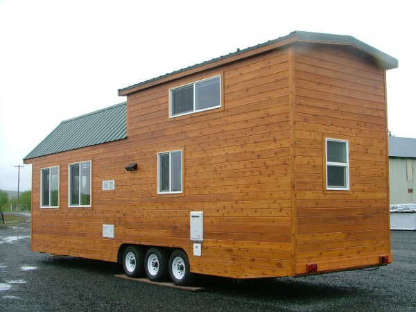 rich the cabin mans spacious tiny house 012 - Largest Tiny House On Wheels