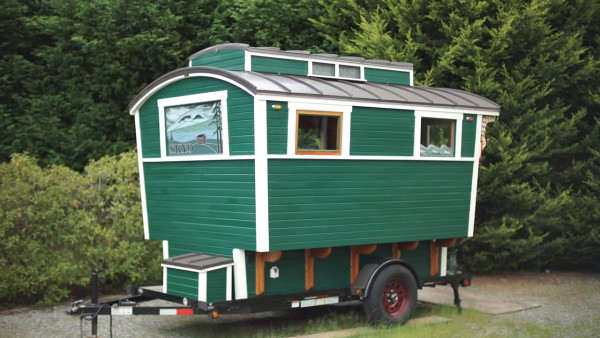 russ-gypsy-wagon-tiny-house-003