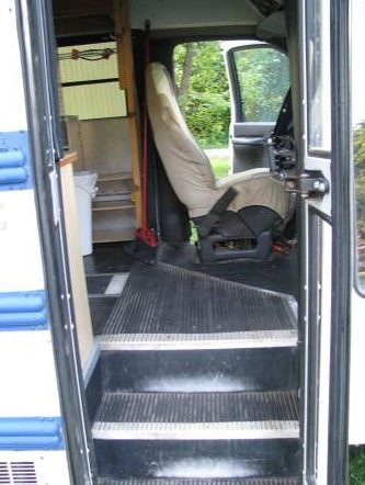 school-bus-conversion-to-motorhome-tiny-home-for-sale-004