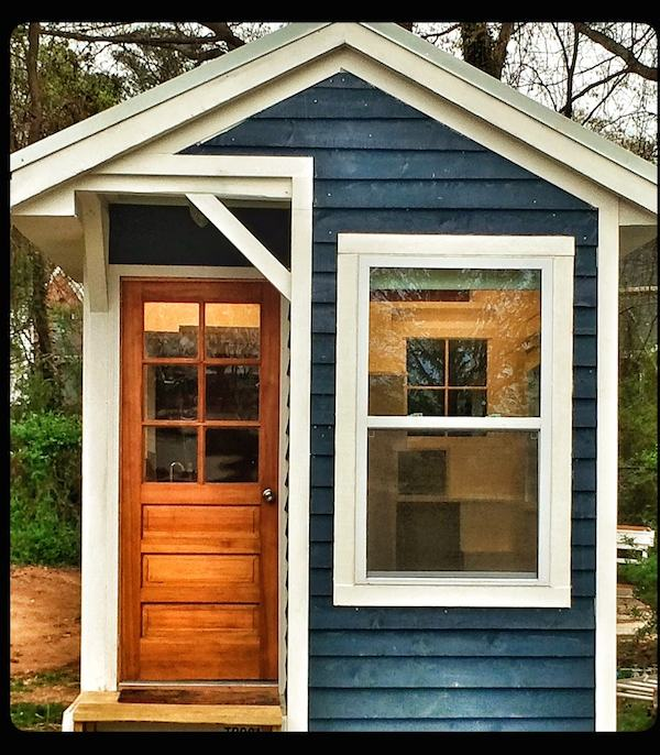 13 year old teen builds debt free tiny home for Small homes exterior design