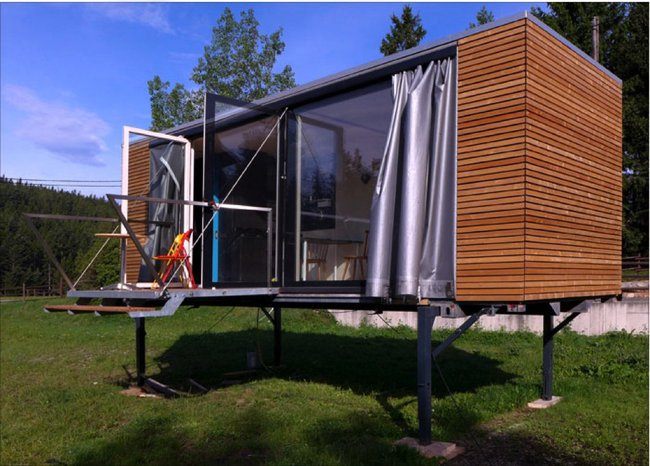 Portable tiny house on stilts for Tiny house on stilts