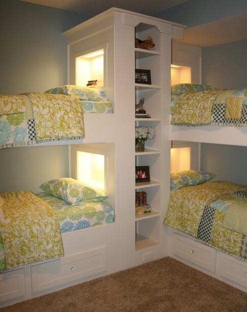 small space bedrooms 01   Top 4 Small Space Bedrooms: Bunk Bed Mania