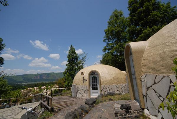 styrodome-tiny-dome-homes-01