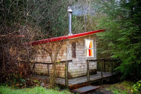 thimbleberry-creek-off-grid-micro-cabin-008