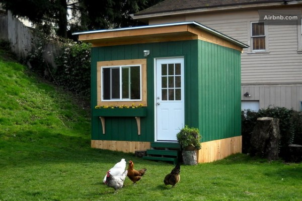 tiny garden cabin for rent 600x400   16 Tiny Houses, Cabins and Cottages You Can Rent or Vacation In