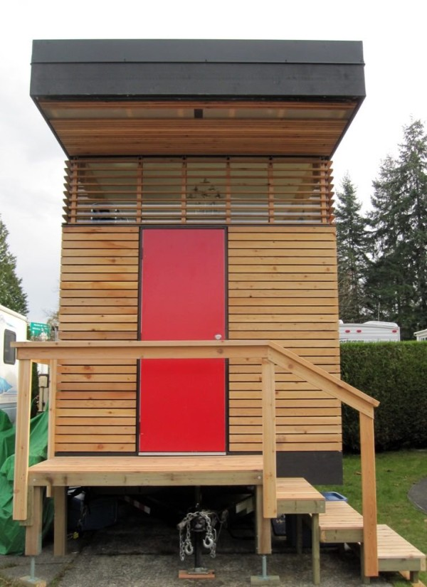 tiny-house-by-camera-buildings-in-canada-001