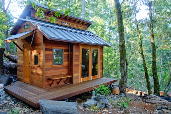 tiny house in the woods   Tiny House Shelters You for Cheap in the Mountainous Woods