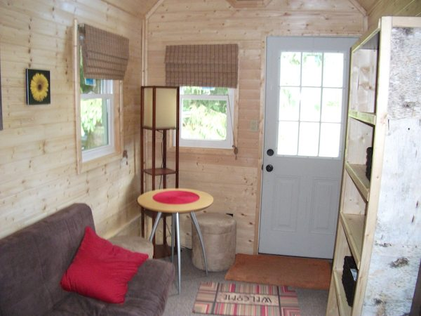 Tiny Cabins Interior