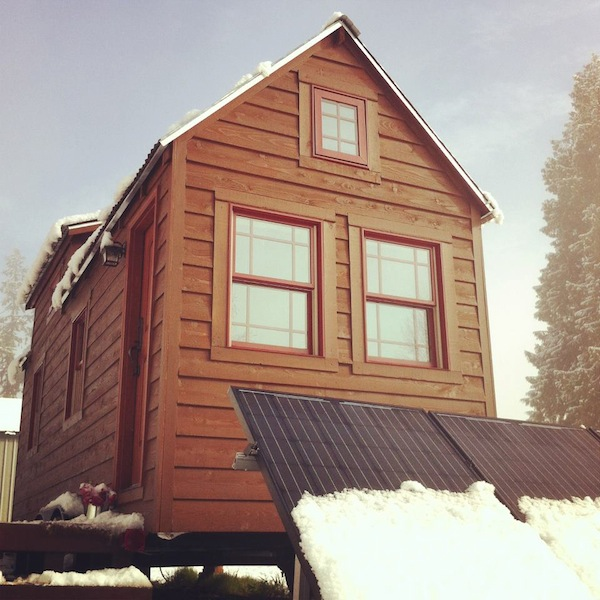 Tiny house in the snow can tiny homes handle extreme weather for Well designed small houses