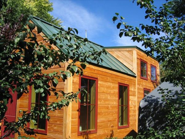 A Colorado Tree House Builder Builds A Tiny House On