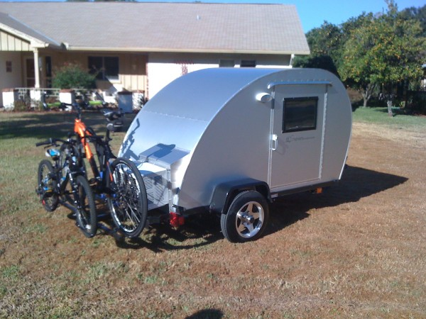 trekker trailer bicycle rack teardrop camper 01 600x450   The Simple Sleeper Teardrop Camper by Trekker Trailers