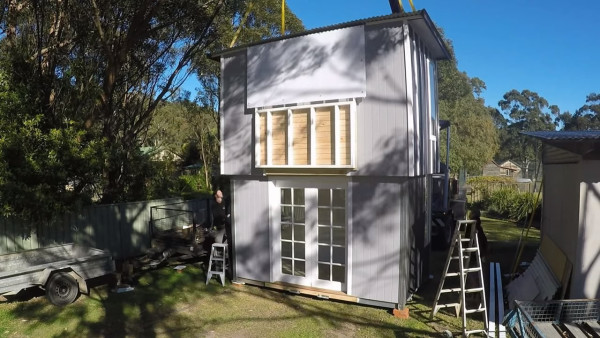 two story pop up tiny house 006 - Two Story Tiny House