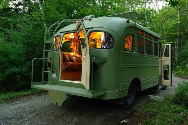 viking-short-bus-conversion-turned-to-cabin-on-wheels-by-winkarch-002