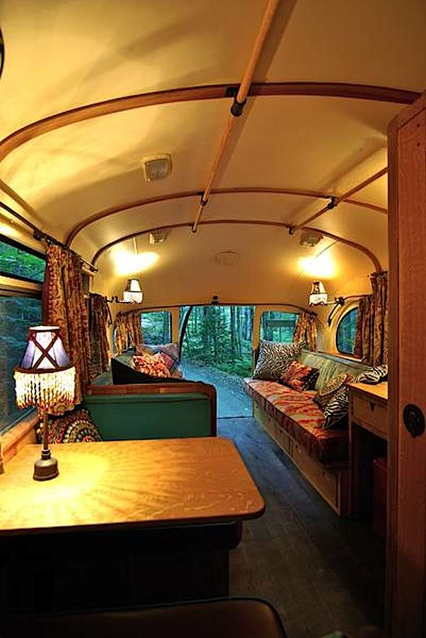 viking-short-bus-conversion-turned-to-cabin-on-wheels-by-winkarch-006