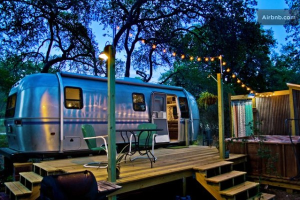 Airstream Quot Tiny House Quot With Deck Hot Tub Fire Pit And