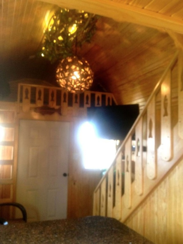 womans-300-sq-ft-tiny-cabin-in-southern-indiana-007