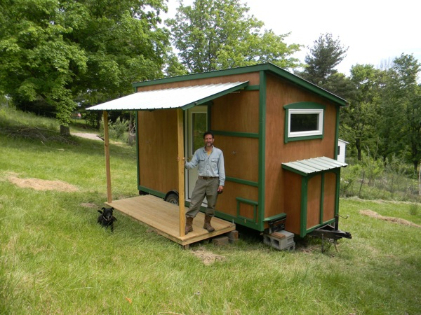 112 square feet off grid tiny house with folding porch roof - The off grid tiny house ...