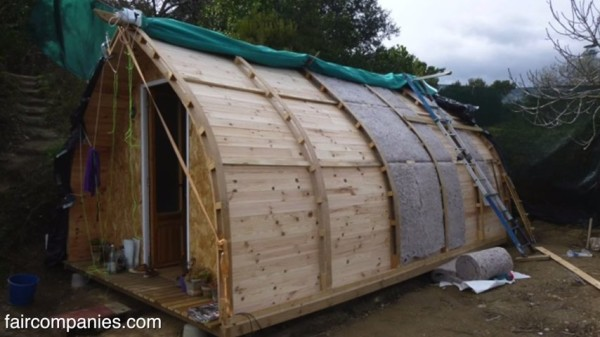 Man Builds 1 000 Tiny Home Using Open Source Design