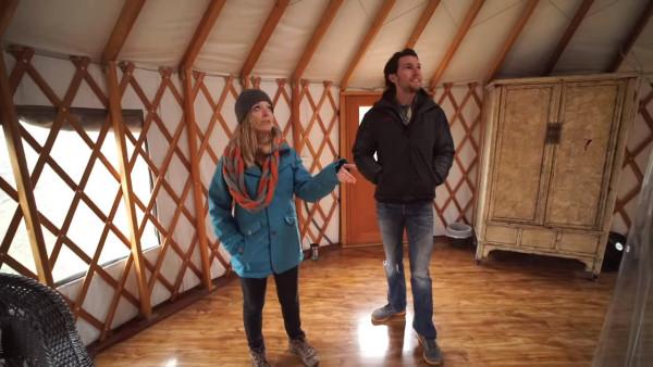 yurt-cabin-with-wrap-around-deck-cypress-valley-004