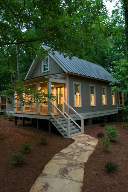 1091 Sq. Ft. Camp Callaway Cottage 001