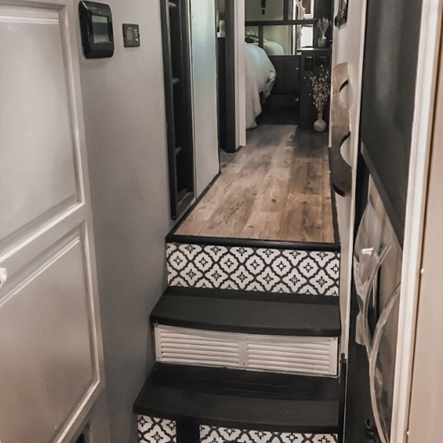 Full-Time RV Life with 3 Kids 18