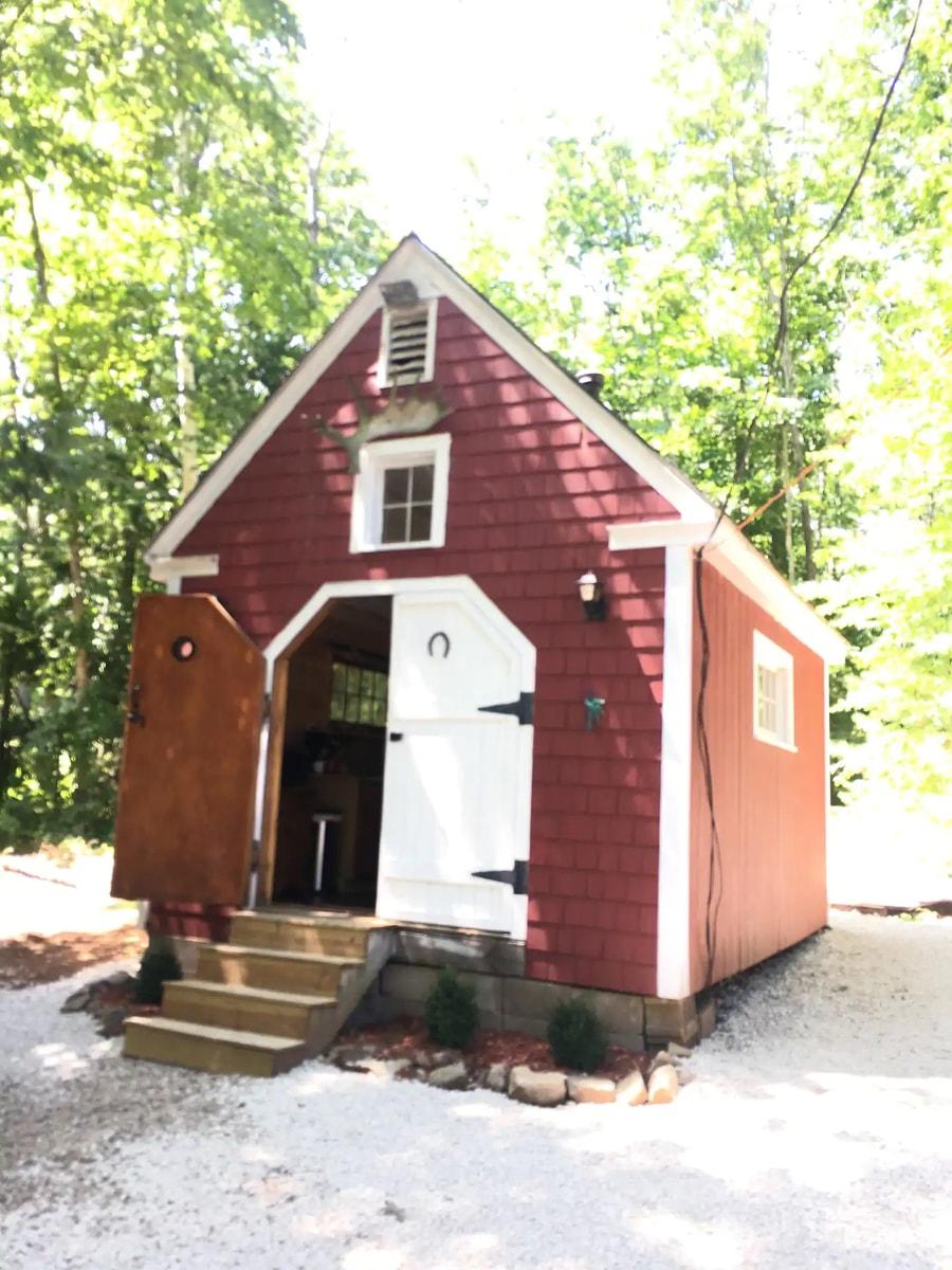York Maine Quaint Country Cabin Getaway 6