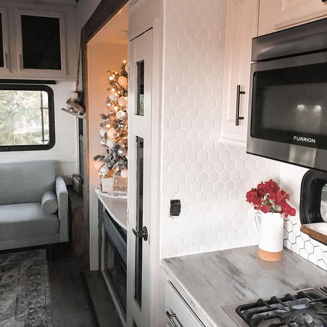 Full-Time RV Life with 3 Kids 4