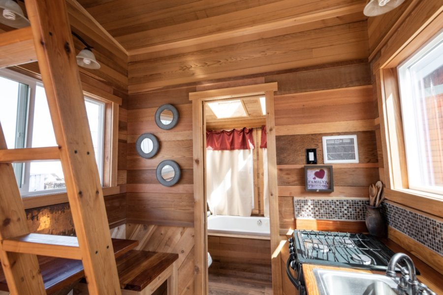 18ft NW Mountaineer House by Tiny Smart House 008