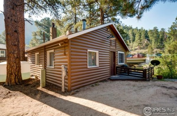 1920s Tiny Log Cabin in Drake Colorado For Sale