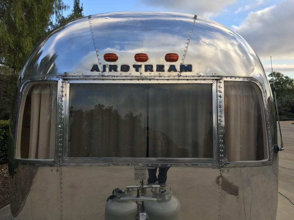 1969 Airstream Sovereign 31ft Land Yacht Travel Trailer For Sale 0016