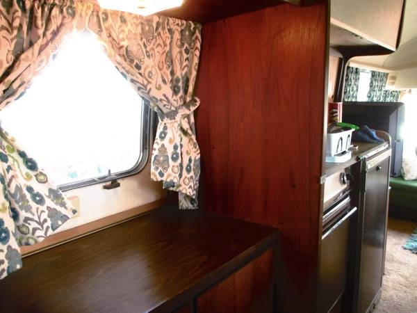 1969-vintage-airstream-overlander-for-sale-08