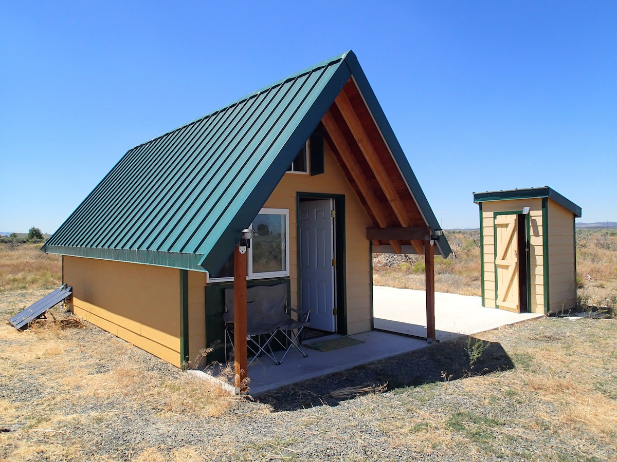 200 Sq Ft Off Grid Tiny House